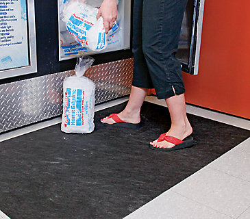 Grippy Floor Mat for Freezer
