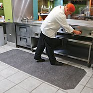 Restaurant Insurance: 7 Steps for Reducing Slip-and-Fall Claims