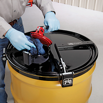PIG™ Vapor-Control Latching Drum Lid