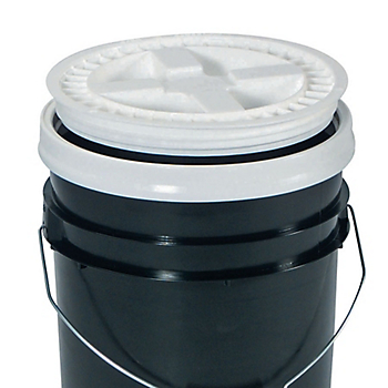 GAMMA SEAL™ Lid for Poly Bucket