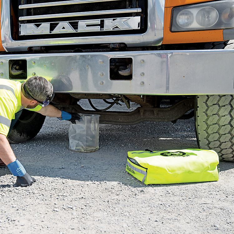 Our Top Tips to Manage Vehicle Fluid Leaks
