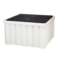 PIG® Heavy-Duty Poly IBC Spill Containment Pallet