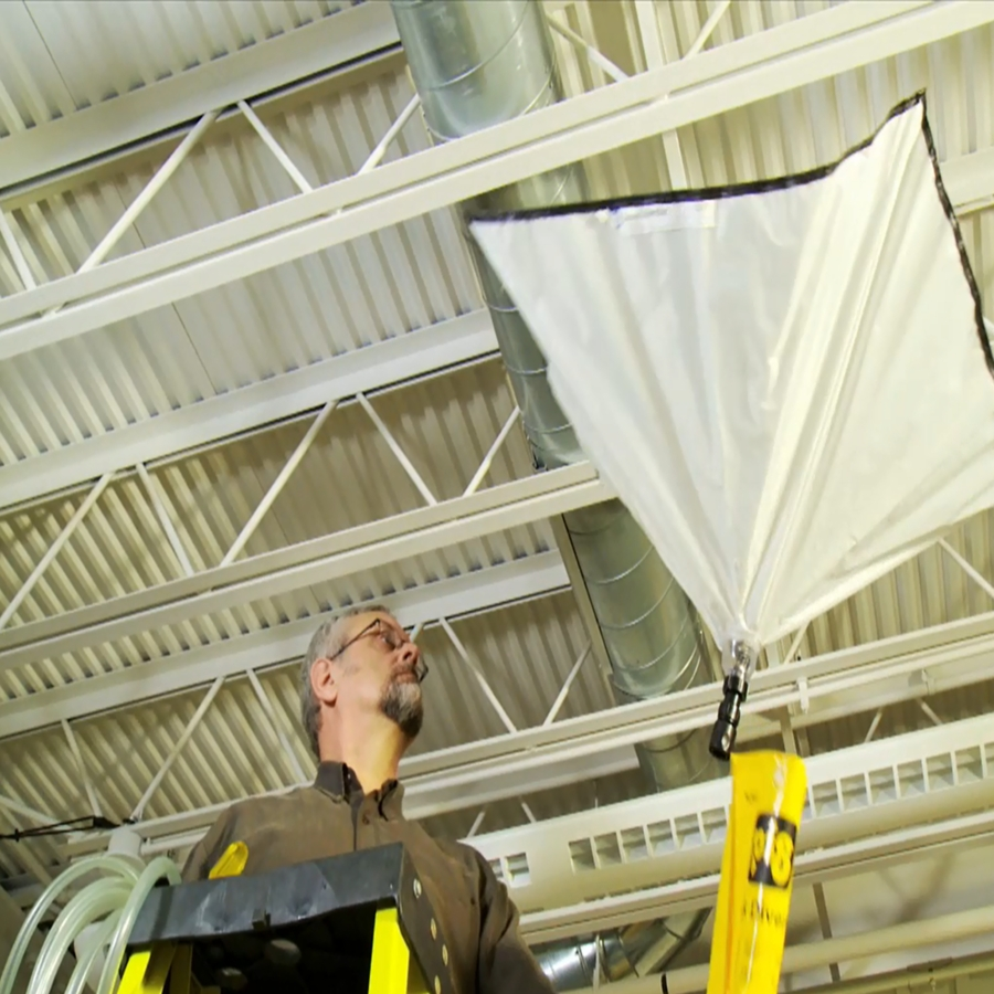 Leakage Of Roof: How To Catch Ceiling Leaks And Drips